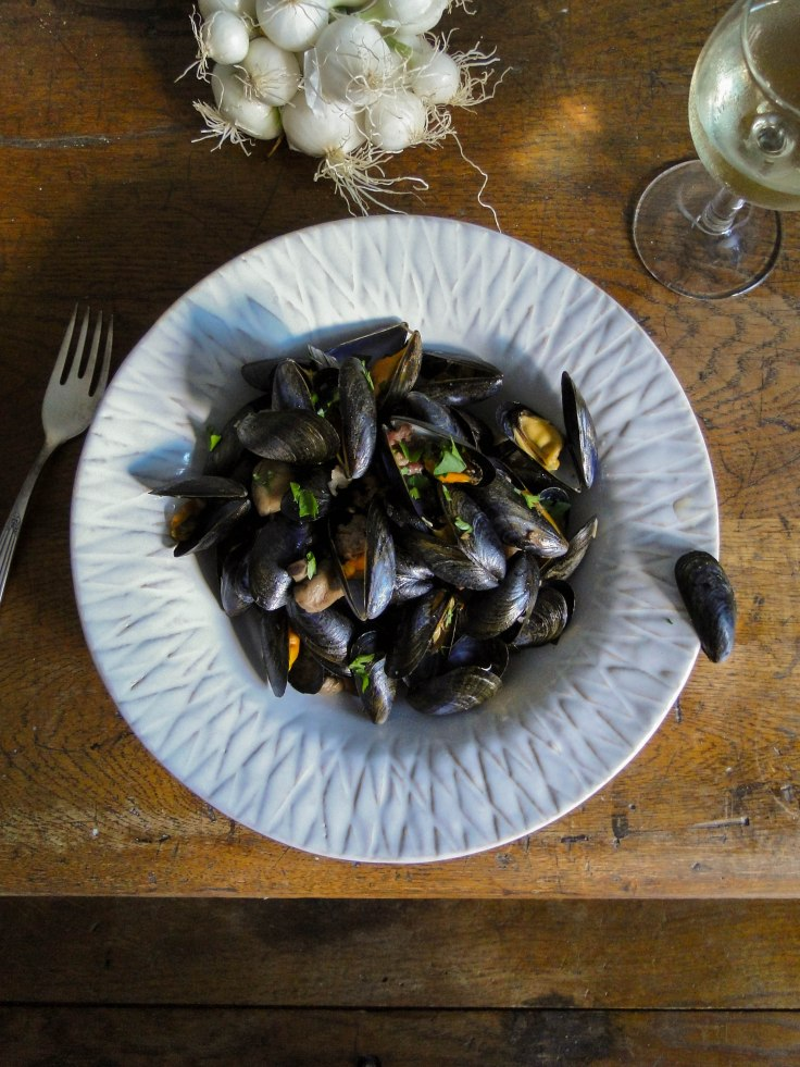 mussels with sausage meat and Bayonne ham