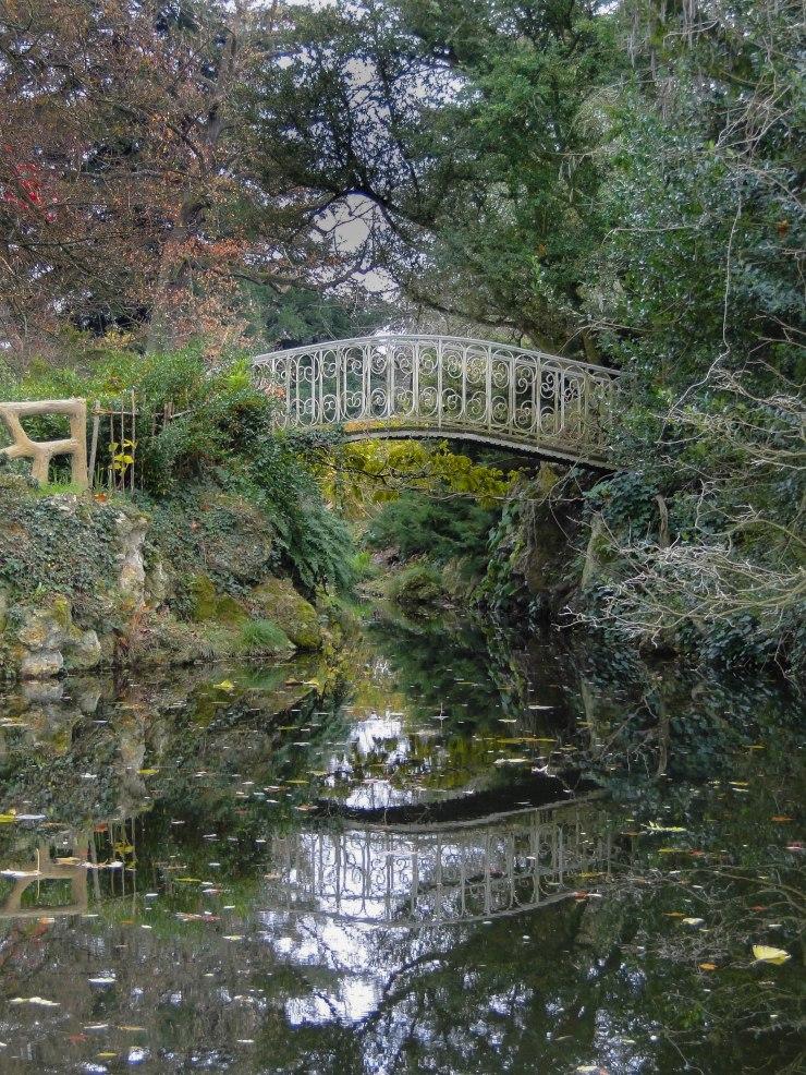 enchanted garden bridge-4