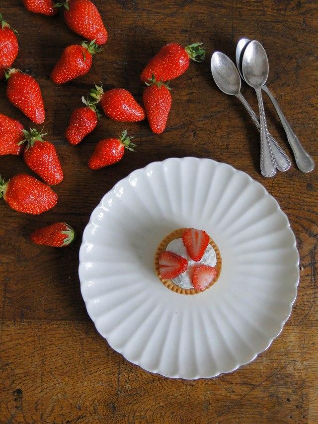 strawberry tartlets-2