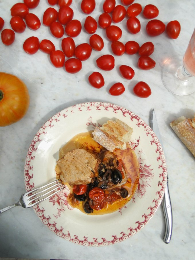 summer veal roast with olives & tomatoes-3