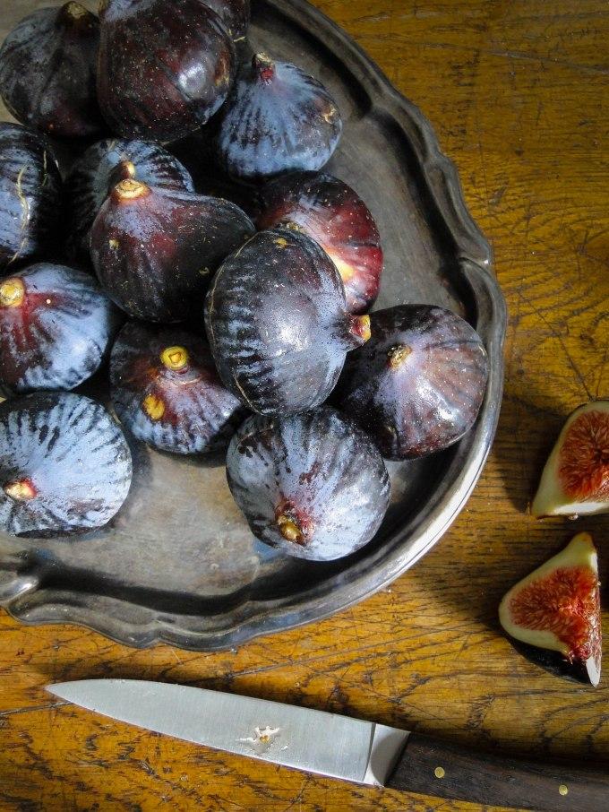 filet mignon grapes figs-5