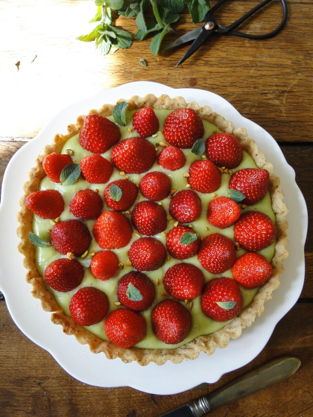 strawberry pistachio tart-3