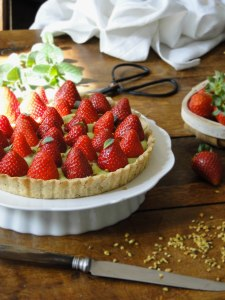 strawberry pistachio tart