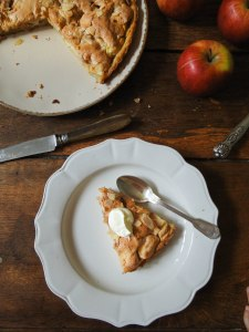 apple marzipan tart-10